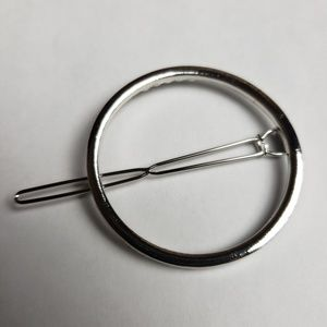 Accessories - Silver Tone Circle Hair Clip Barrette